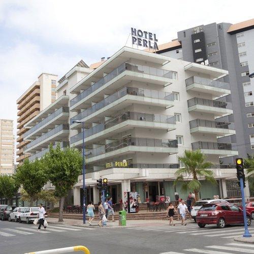 Façade Hôtel Perla